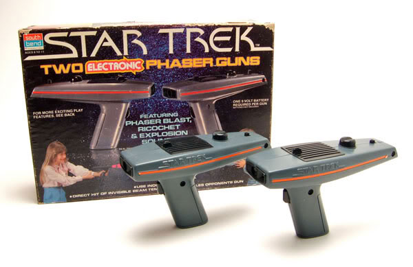 Star Trek Two Electronic Phaser Guns