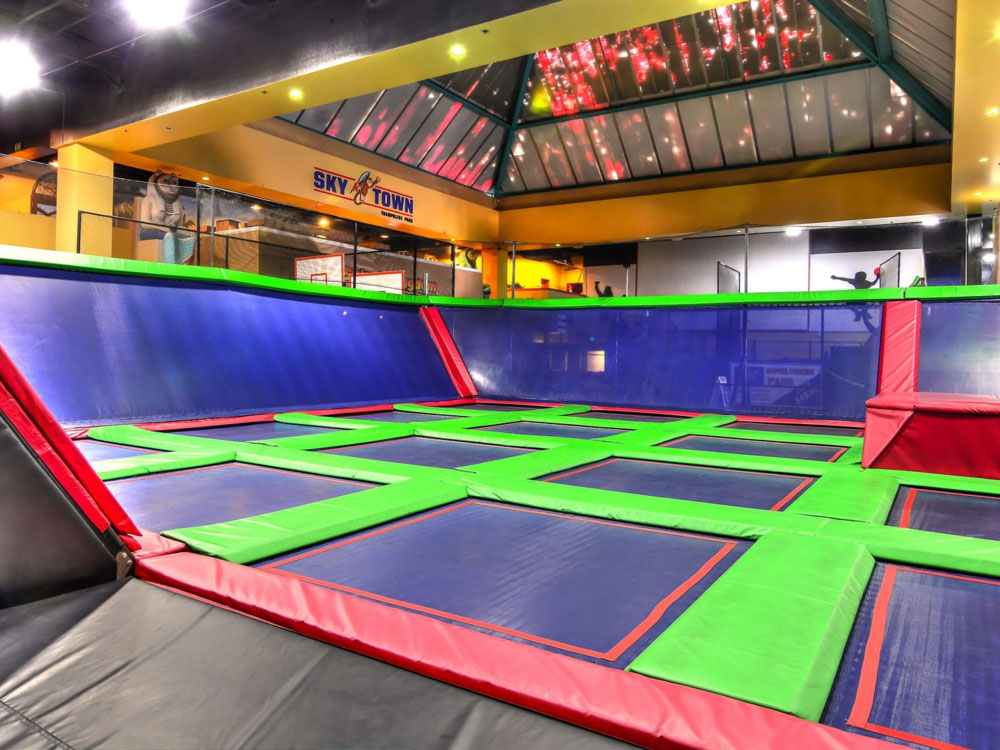 Big Air Trampoline Park - Corona
